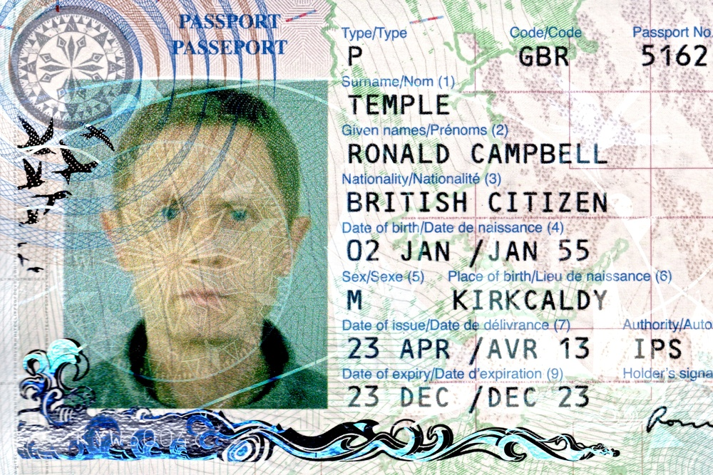 Ronnie Temple passport photograph.jpg