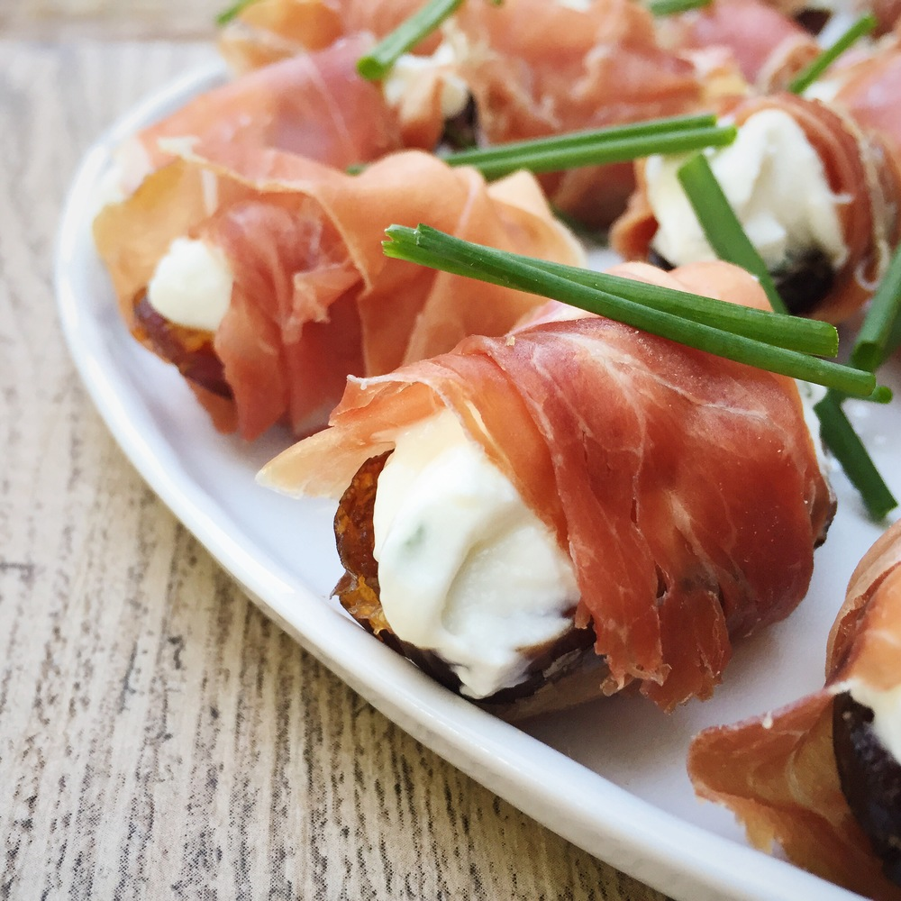 Medjool Dates, Goat Cheese & Parma Ham | RafaellaSargi.com