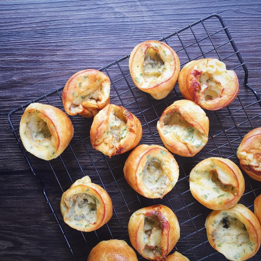 Mini Roquefort Popovers | RafaellaSargi.com
