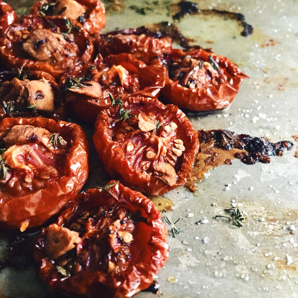 Slow Roasted Cherry Tomatoes | RafaellaSargi.com