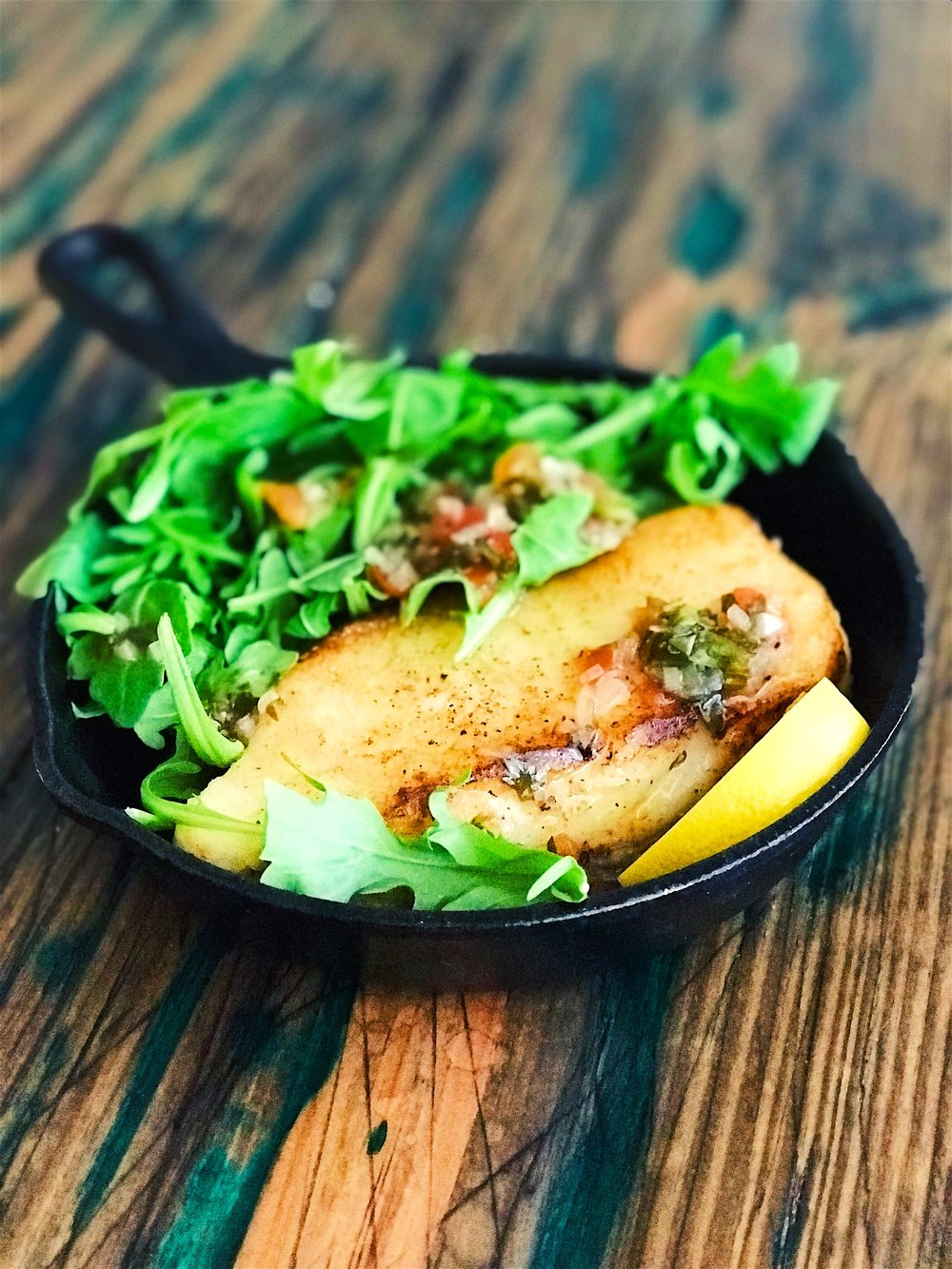 Pan Seared Sea Bass with Arugula & Warm Vinaigrette | RafaellaSargi.com