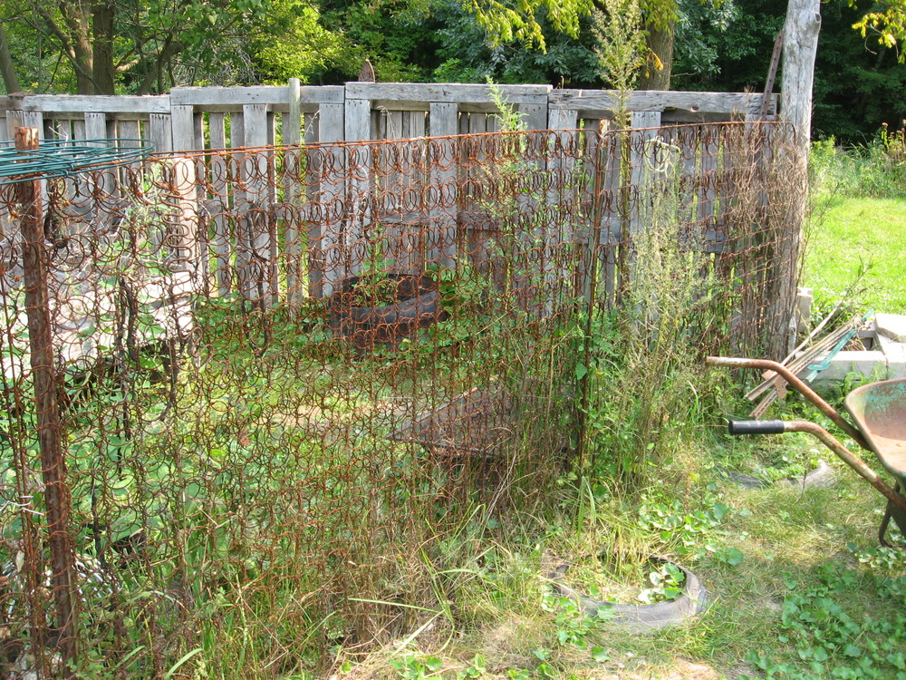Bed spring fence