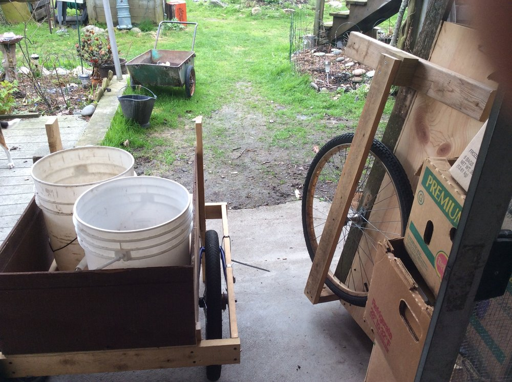 I recently rebuilt a 20 year old garden cart I had made over 20 years ago. (the one on there right). Then Mary said she would like a smaller one for carting around her water pails or pails of planting  soil. (the one on the left)