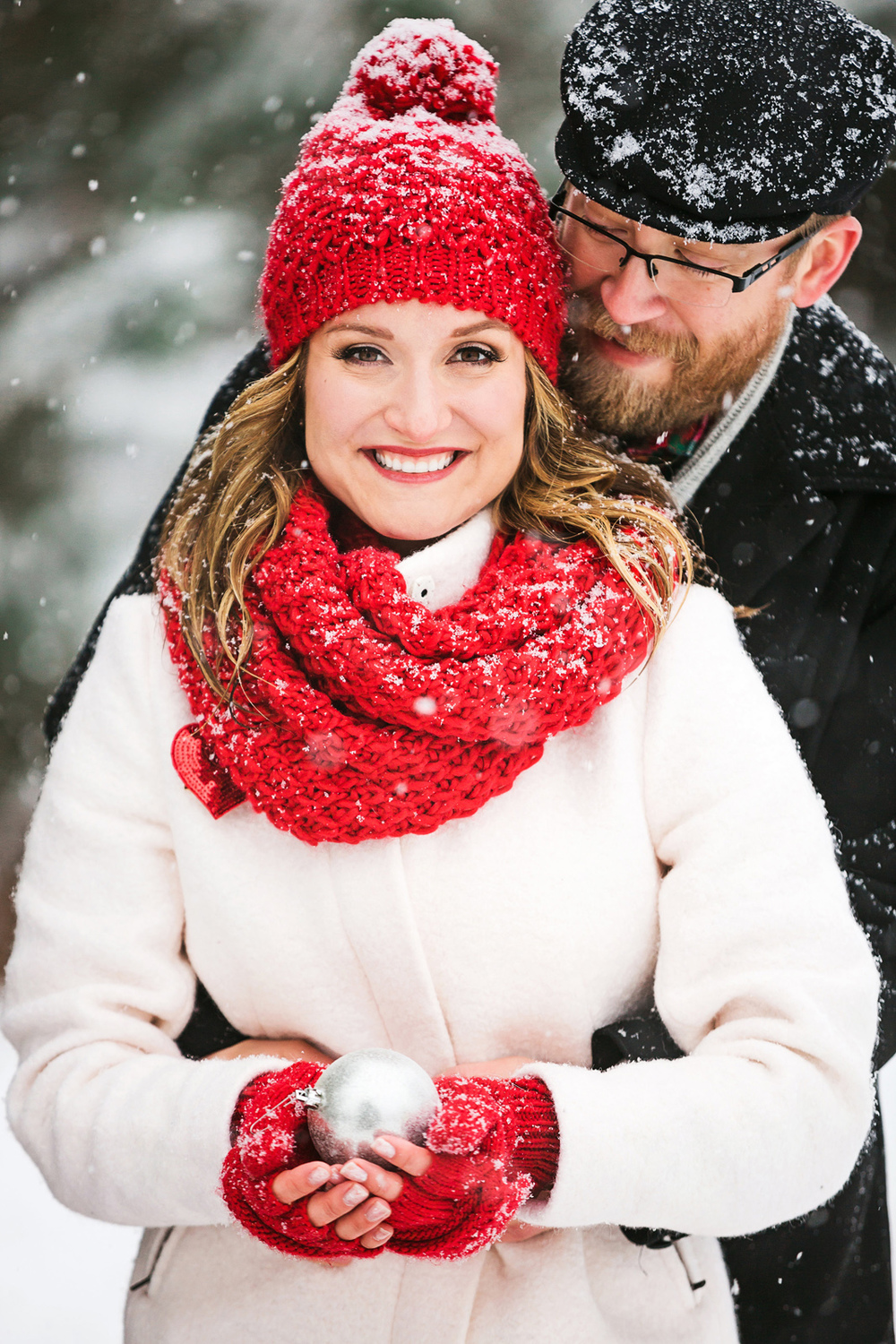 Oldani-Photography-St-Louis-Forest-Park-Engagement-Photos-Snow_20141116_16272490.jpg