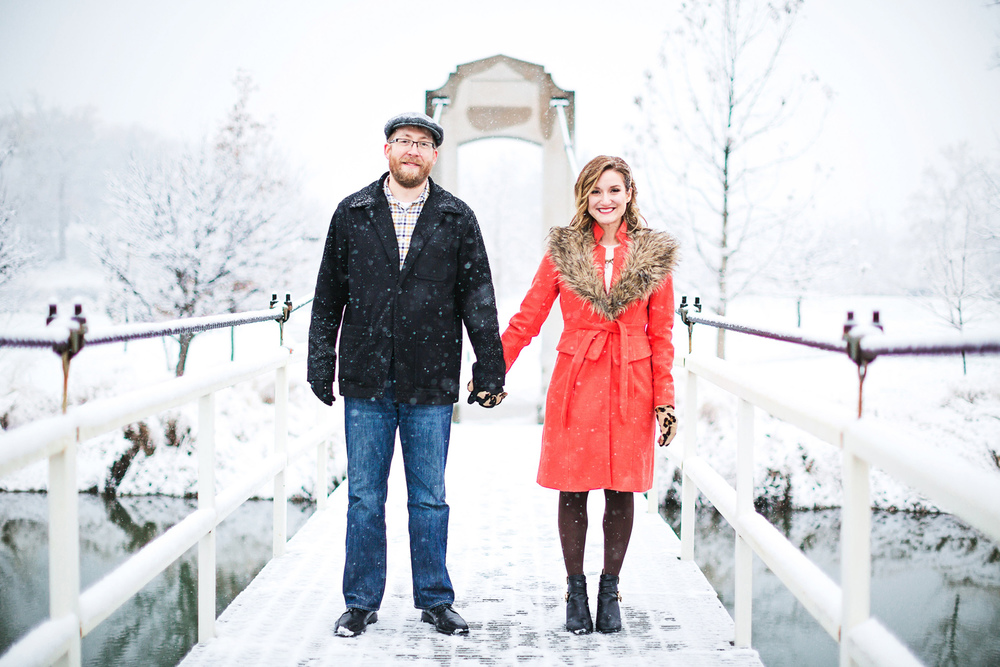 Oldani-Photography-St-Louis-Forest-Park-Engagement-Photos-Snow_20141116_17060923.jpg