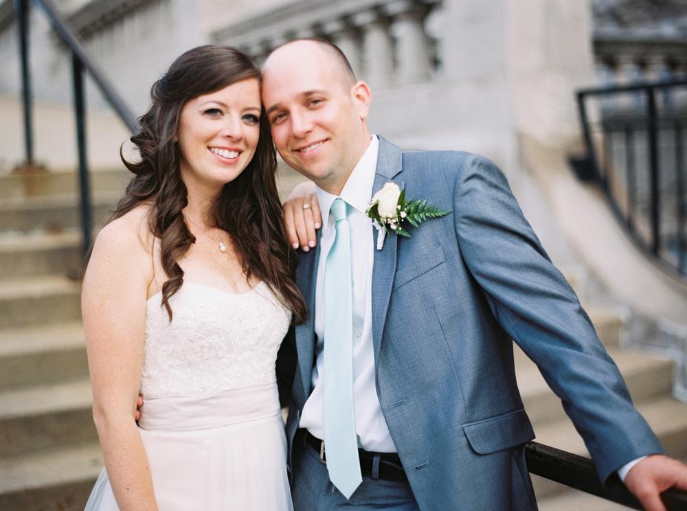 Oldani-Photography-St-Louis-Union-Station-Wedding-Party-wedding-photos-Film-Photographer-8605_07.jpg