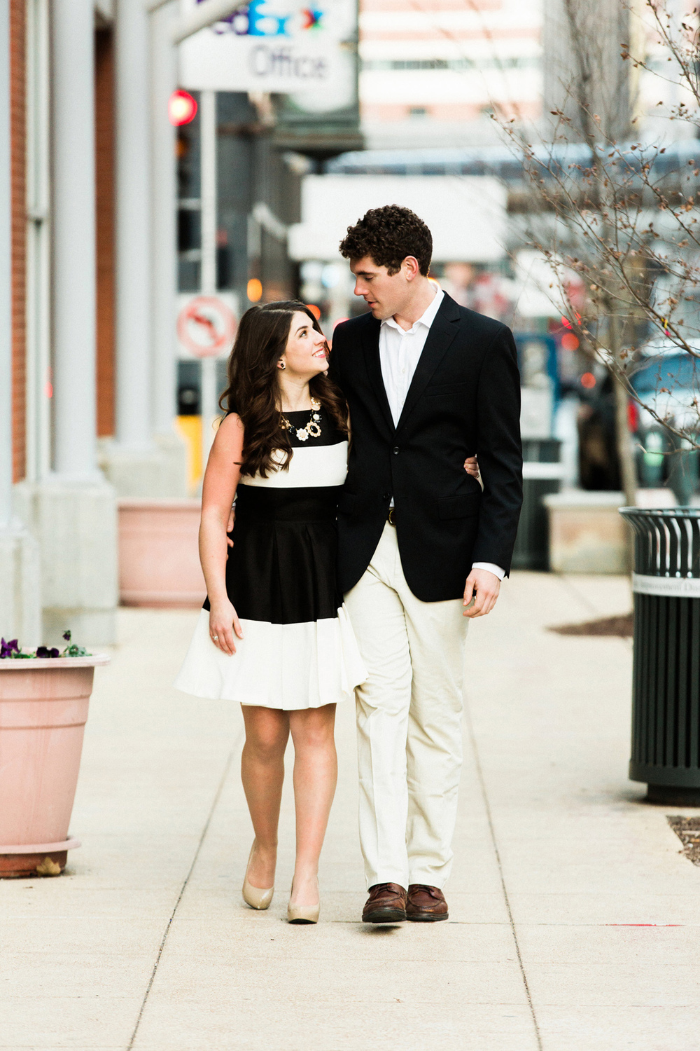 Oldani-Photography-St-Louis-Downtown-Engagement-Photos_20141226_165725.jpg
