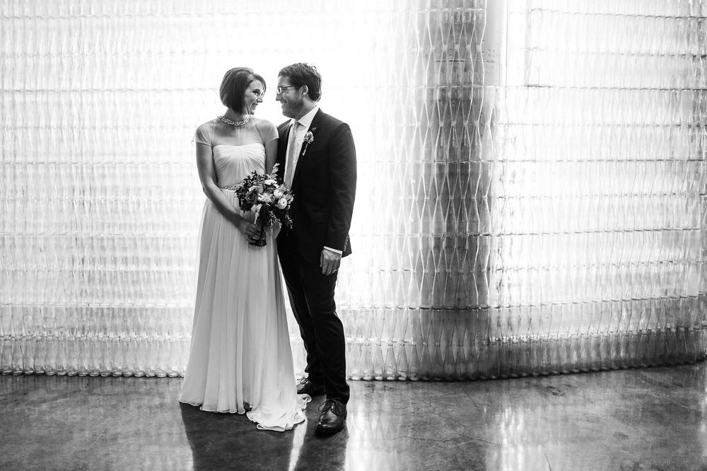 Oldani Photography-St Louis-Wedding Photos-wedding photographer-wedding party-City Museum_20141122_17034400.jpg