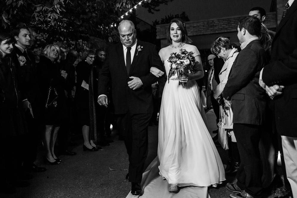 Oldani Photography-St Louis-Wedding Photos-wedding photographer-wedding party-outdoor wedding-Mad Art Gallery-reception-rain_20141122_18290695.jpg