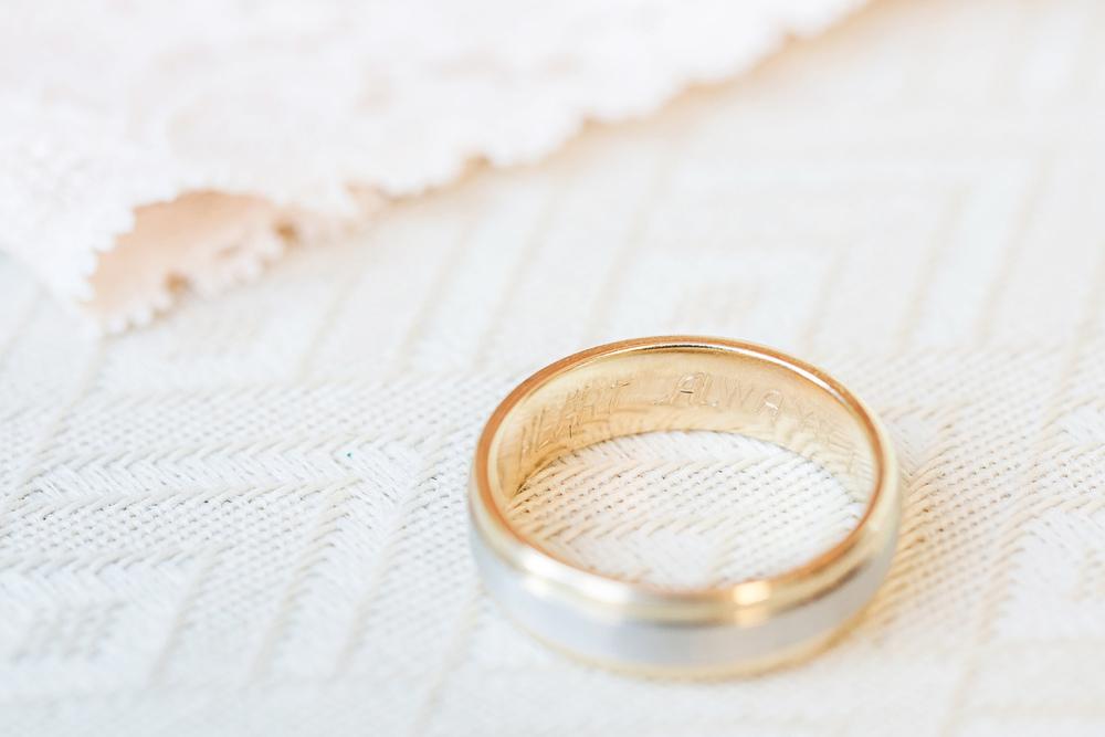 Oldani Photography-St Charles-Wentzville-St Patrick's Parish-Catholic Church-wedding photographer-wedding photos_20141025_12043700.jpg