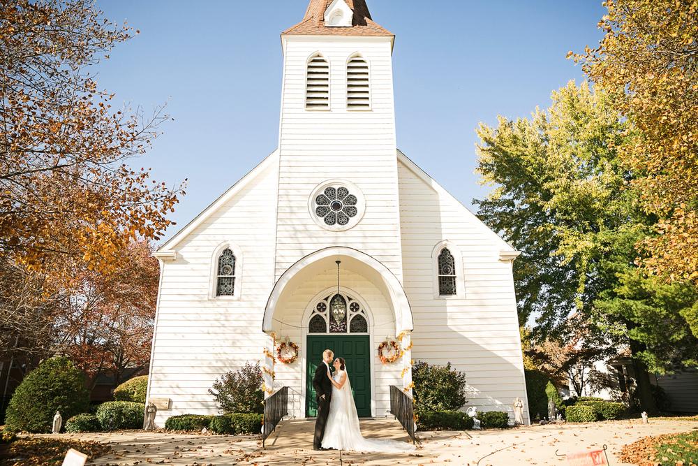 Oldani Photography-St Charles-Wentzville-Saint Theodore-Catholic Church-wedding photographer-wedding photos_20141025_15223300.jpg