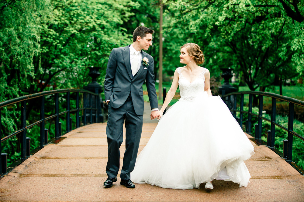 Bridal Portraits Lafayette Square Park Bride Groom St Louis Wedding Photographer Oldani Photography 2.jpg