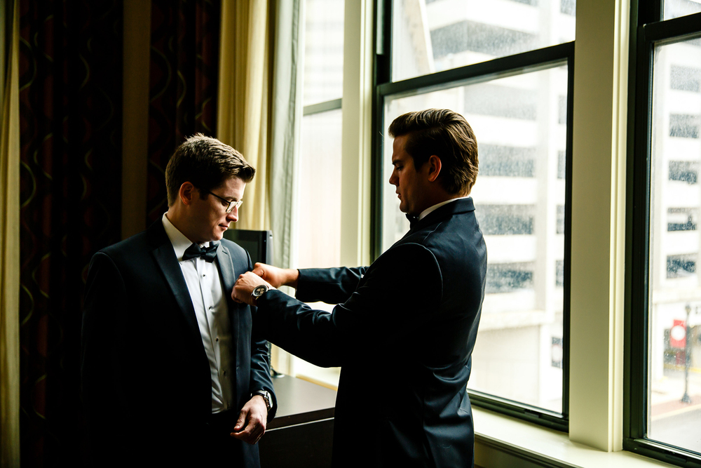Groom Getting Ready Embassy Suites Downtown St. Louis Wedding Photographers by Oldani Photography 1.jpg