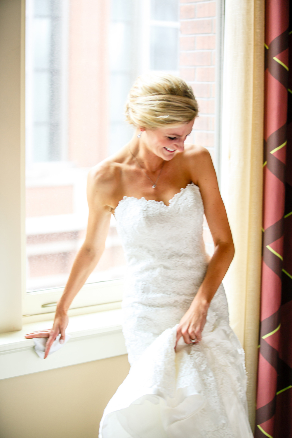 Bride Getting Ready Embassy Suites Downtown St. Louis Wedding Photographers by Oldani Photography 3.jpg