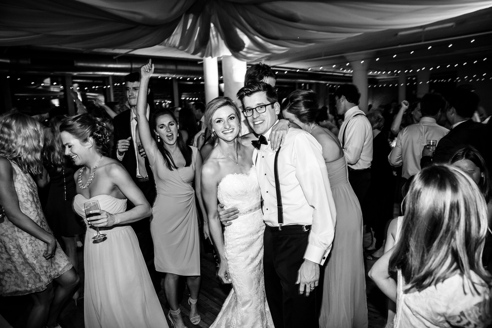 Dancing Gold Wedding Reception at Windows on Washington Downtown St. Louis Wedding Photographers by Oldani Photography 2.jpg