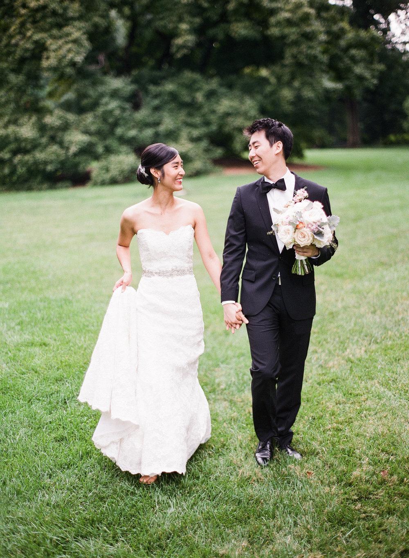 Bride and Groom at Missouri Botanical Gardens Wedding Photos by Oldani Photography St. Louis Wedding Photographers