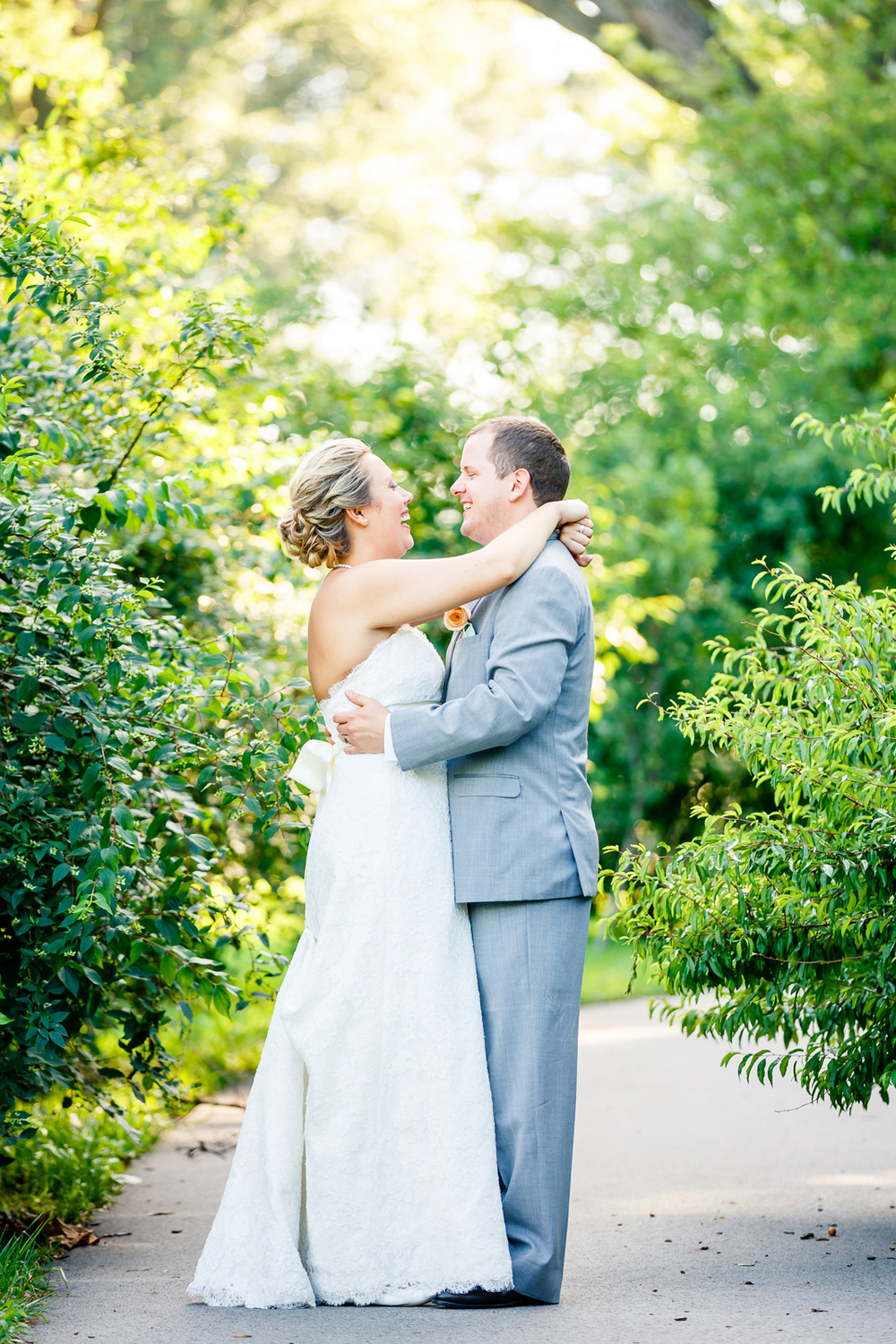 Tower Grove Park Wedding Party Photos with St. Louis Wedding Photographers by Oldani Photography 3.jpg
