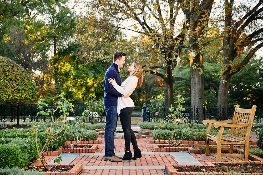 Missouri Botanical Garden Engagement Photos By St Louis Wedding  Photographers Oldani Photography