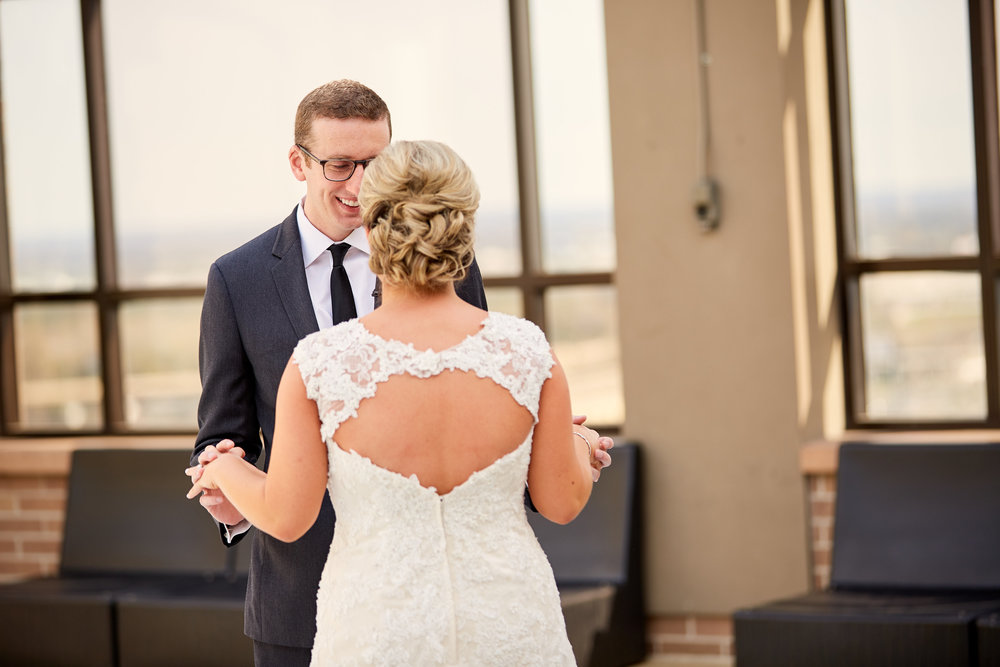 Old Cathedral Basilica St Louis Wedding and Missouri Athletic Club MAC Reception Photos by St Louis Wedding Photographer Oldani Photography