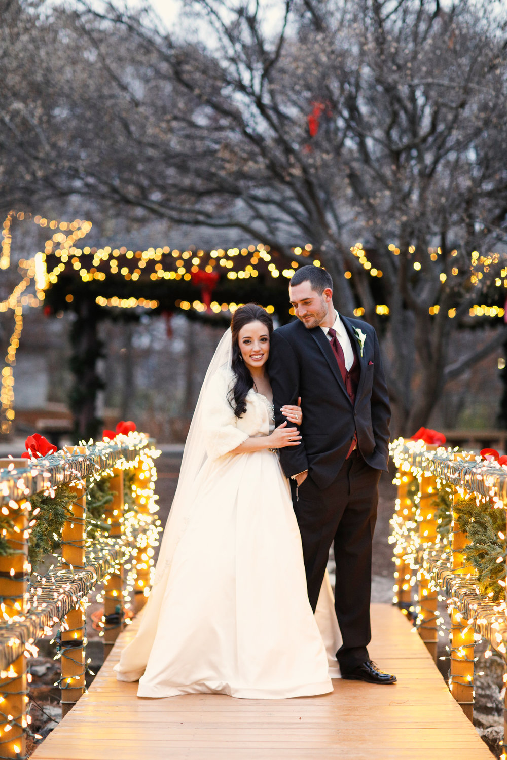 St Charles Winter Wedding Photographs by St Louis Wedding Photographers Oldani Photography