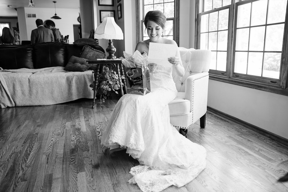 Immaculate Conception Wedding and Windows on Washington Reception Photos and Photographs by St Louis Wedding Photographers Oldani Photography 50.jpg