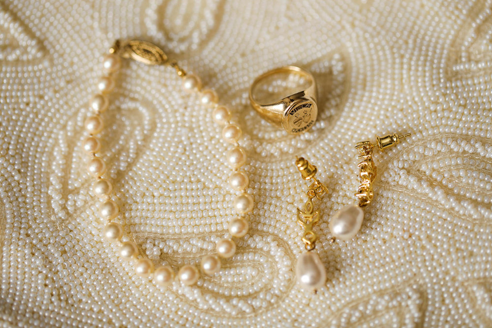 Villa Duchesne Bridal Party Photos - Our Lady of Lourdes Wedding and World's Fair Pavilion Reception in Forest Park Photos and Photographs by St Louis Wedding Photographers Oldani Photography