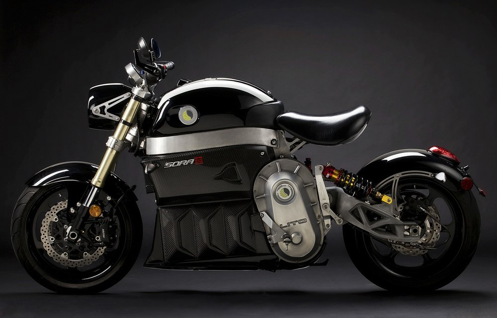 ELECTRIC MOTORBIKE WITH EXHILARATING PERFORMANCE - ad campaign, product shots & branding support to launch the Sora by LITO GREEN MOTION