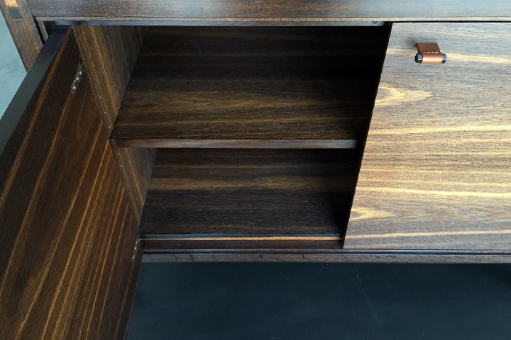 f19_credenza_3.png