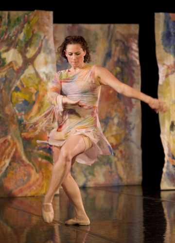 Lucy Warren-Whitman, dancer