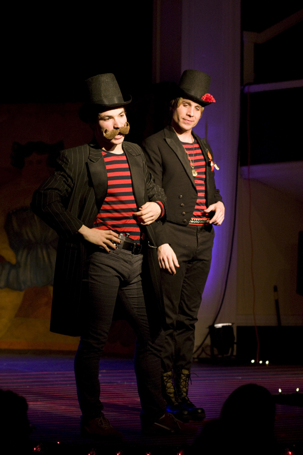 Ringmasters Danny Bryck (l) and Casey Preston