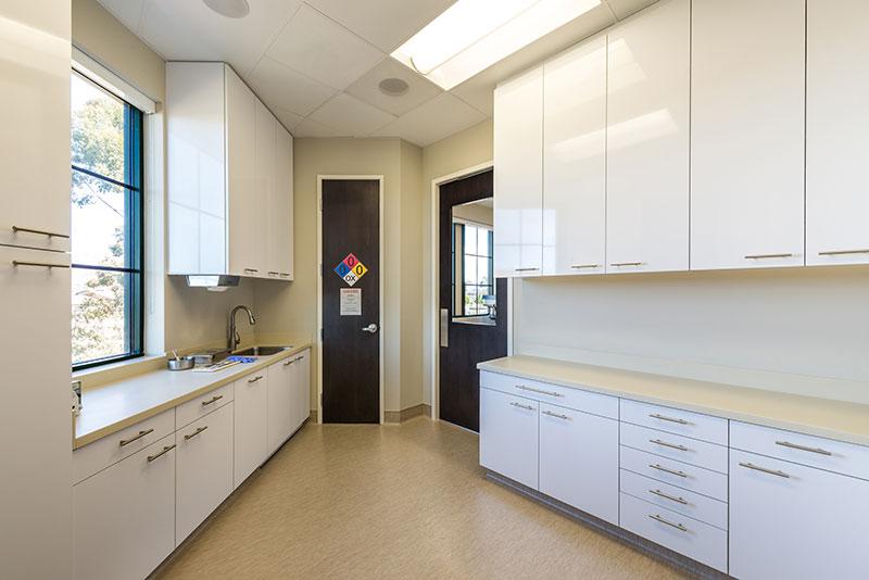 SKY-Surgery-Center-Anteroom.jpg