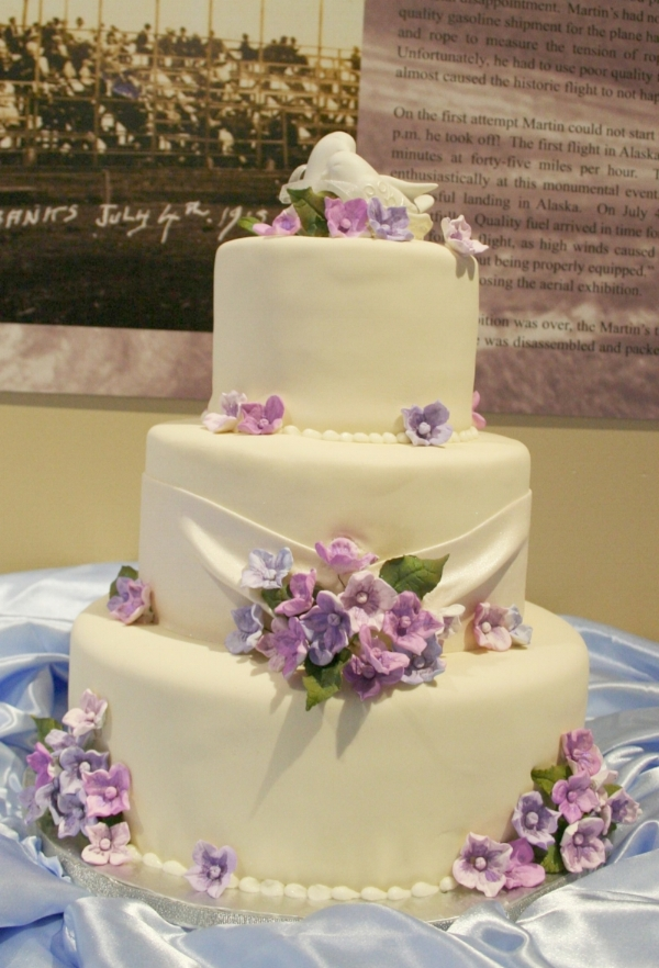 Fondant Wedding Cakes — Midnight Sun Cakery/Wedding And Event Cakes