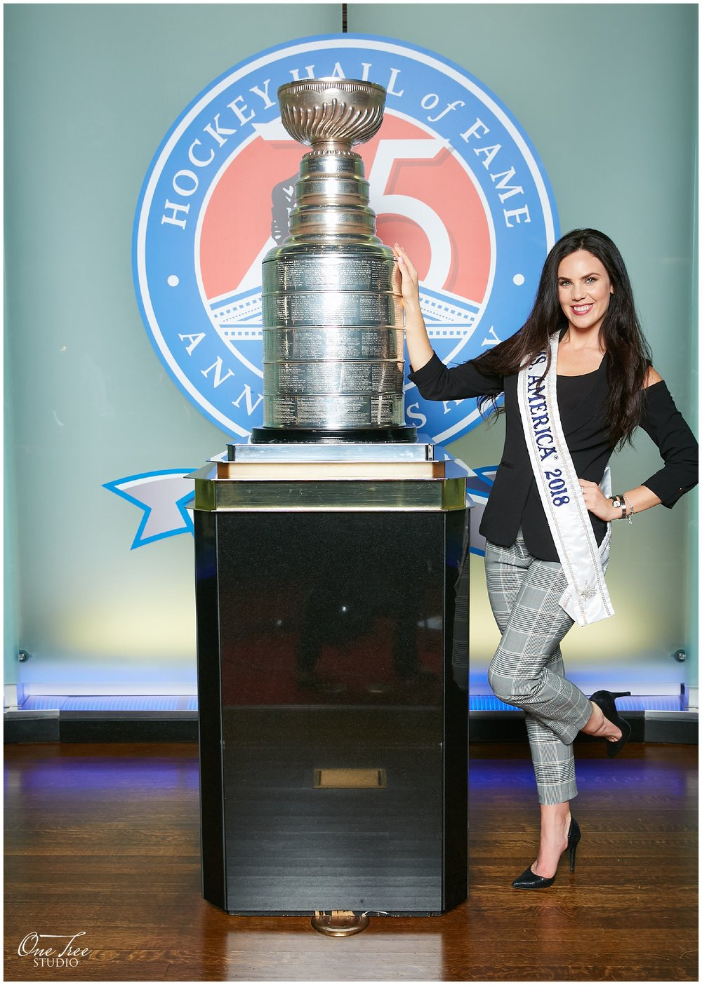 Stanley Cup Photo Booth Toronto 7.jpg