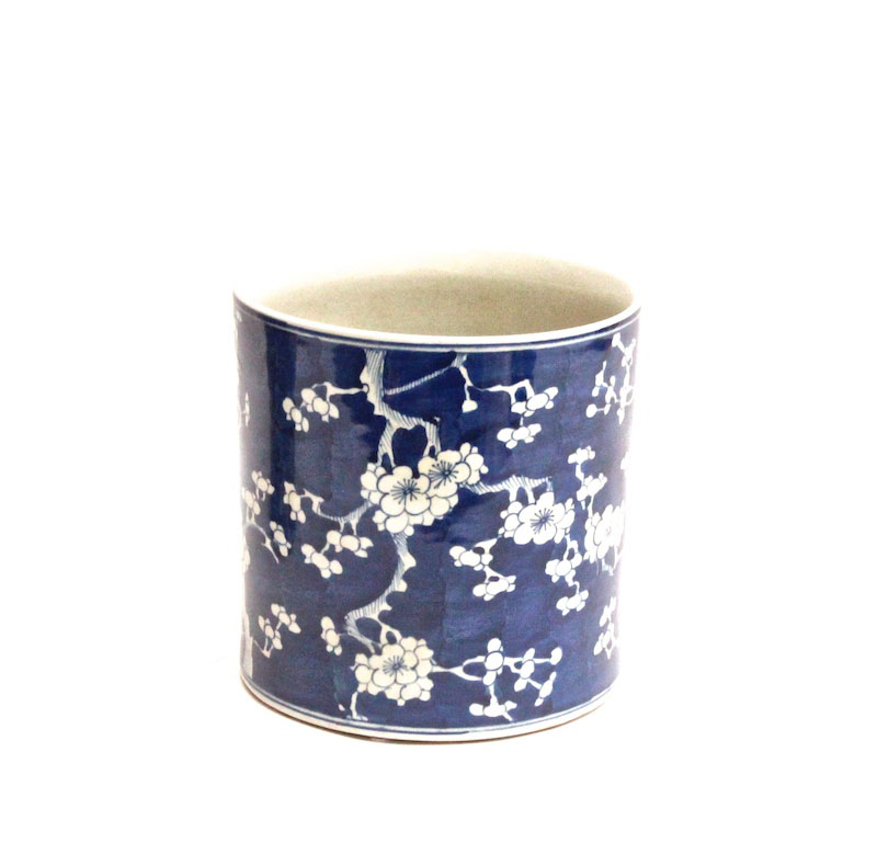 Blue & White Porcelain Brush Pot, Peony,   8dx8h   OP149