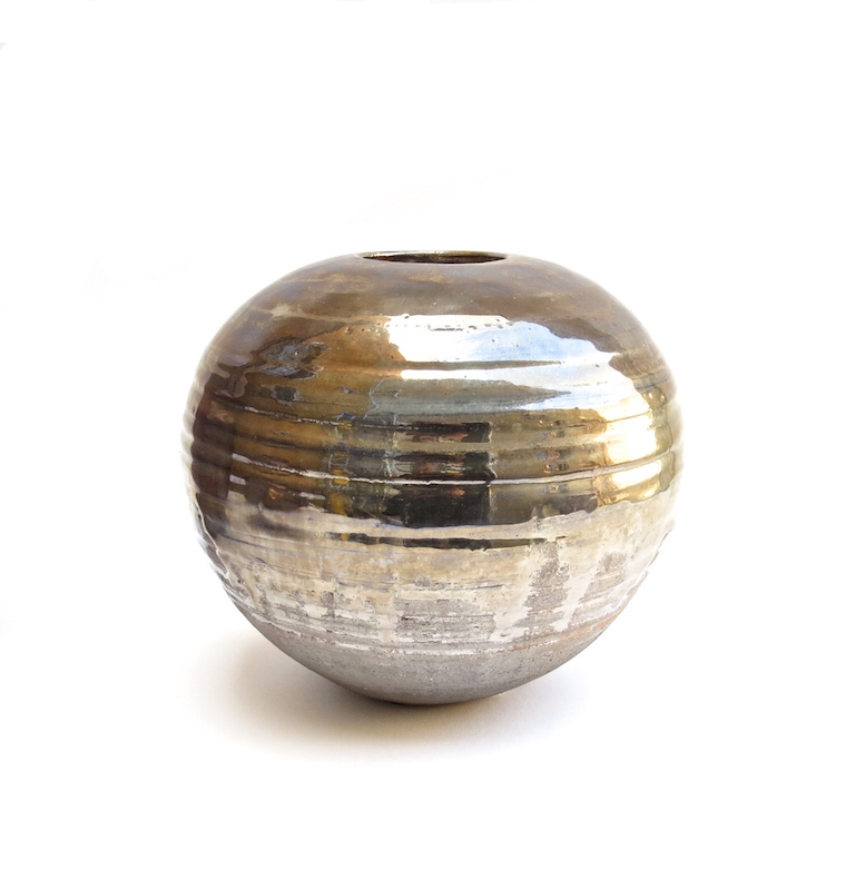TATIANA VIRGA VASE IN BURNISHED PLATINUM GLAZE