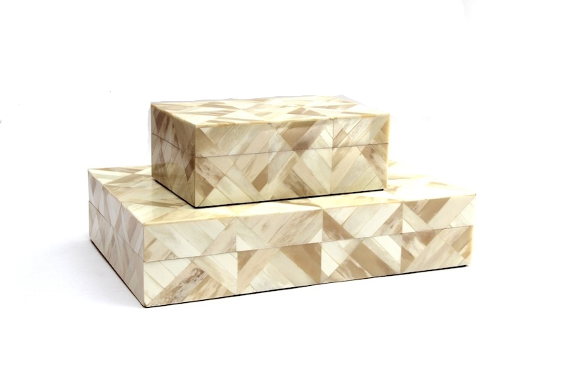 "Light/Dark Ivory Diamond Pattern Bone Box     8×5x3""h   BIT70S     14×9x3""h   BIT730L"