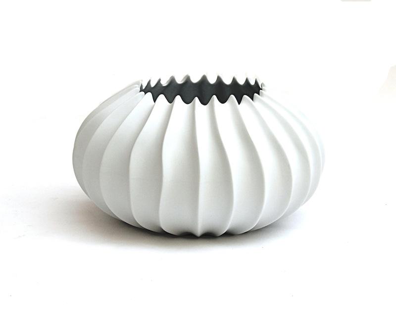 Porcelain Neptune Bowl   12dx6h   BUPSPV