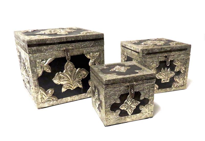 Wood/Tin Box  6x6x6h  BIA158S  8x8x9h  BIA158M  9x9x10h  BIA158L