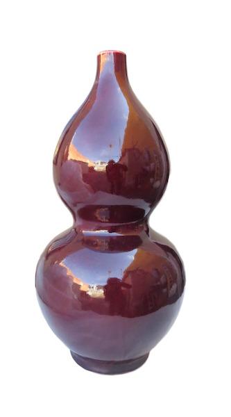 Porcelain Oxblood Double Gourd Vase  8.5dx17h  DHD0242