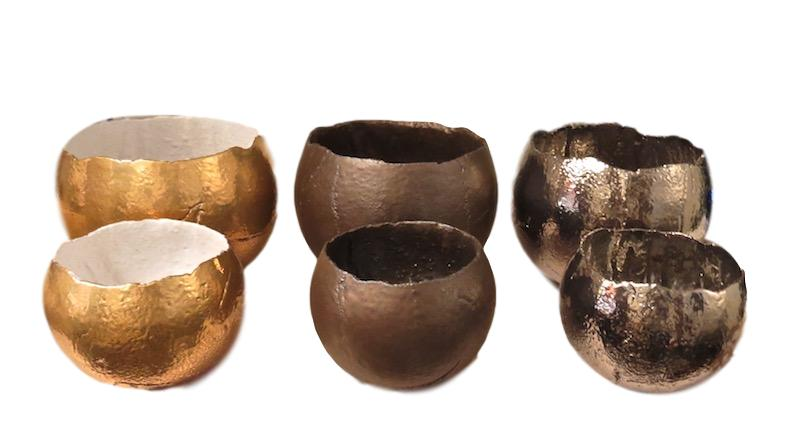 Ceramic Bolivia Egg Bowl Small 5.5dx5h   24k Gold EUHP1602G, Bronze EUHP1602B, Platinum EUHP1602P  Ceramic Bolivia Egg Bowl, Large 7.5dx6h   24k Gold EUHP1603G, Bronze EUHP1603B, Platinum EUHP1603P