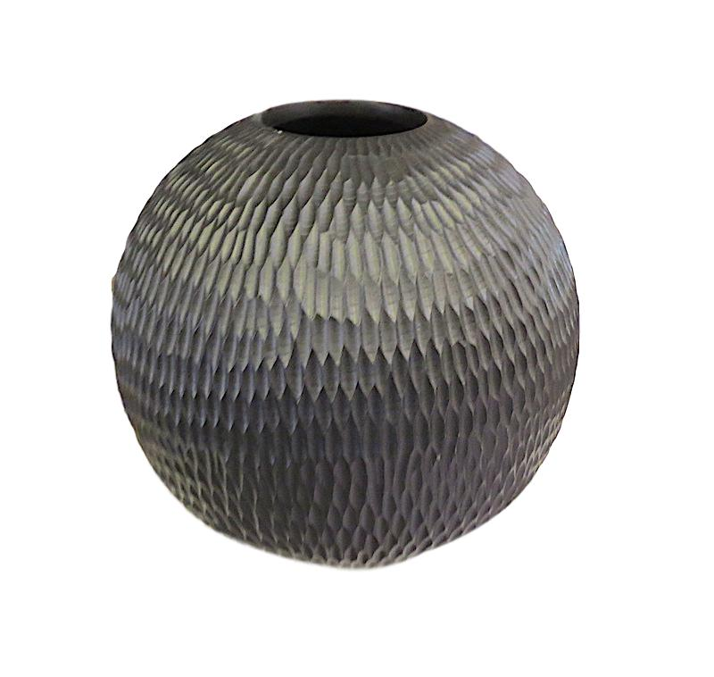 Mango Wood Chiseled Ball Vase   12dx12h  BUMANBAL