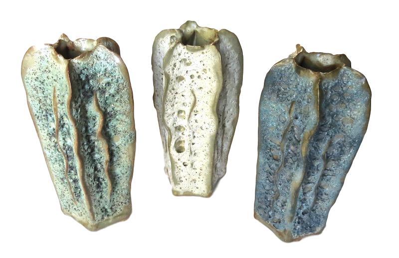 Ceramic Tall Luffa Vase   3Dx6H +/-   Green FTSR121G,  Natural FTSR121S, Blue FTSR121B
