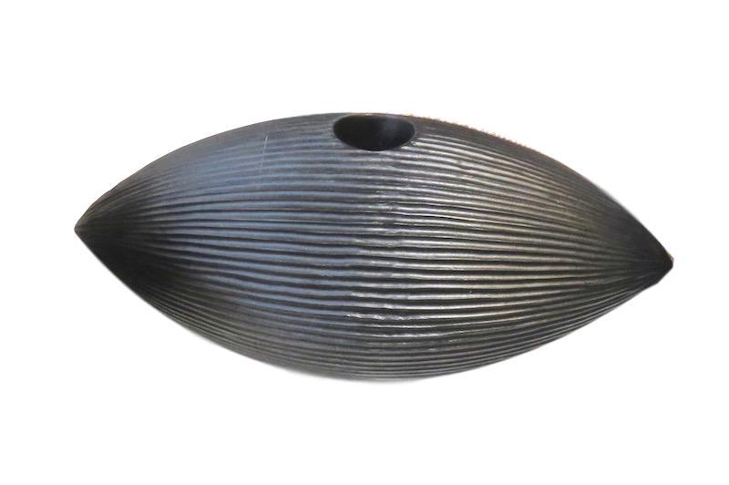 Mango Wood Chiseled Eye Vase   7x17x6h  BUMANEYV