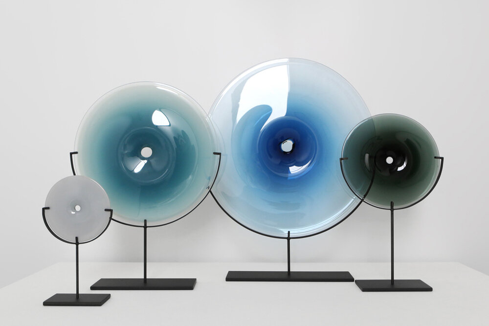 Glass Disc on Iron Stand in Smoke 18×24h FZSC309