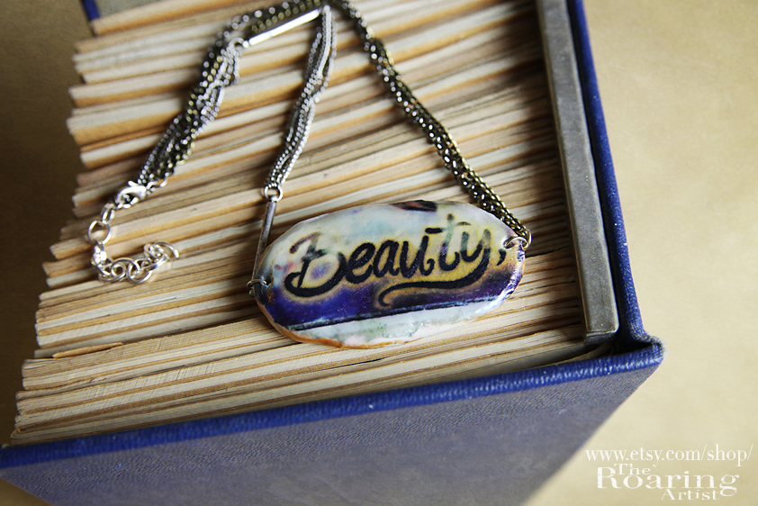 BeautyNecklace02.jpg
