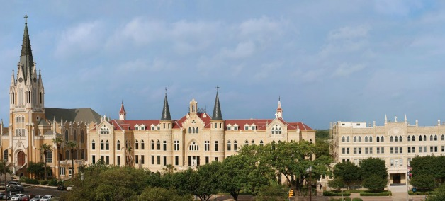 OLLU_Campus_Pic_HOME.jpg