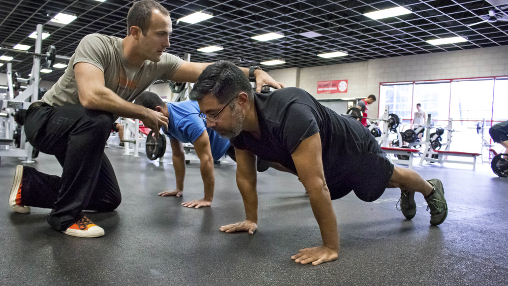 San Diego Personal Trainer Coaching Push Ups