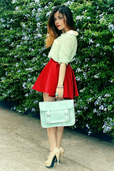 bag-blouse-skirt-pumps_400.jpg
