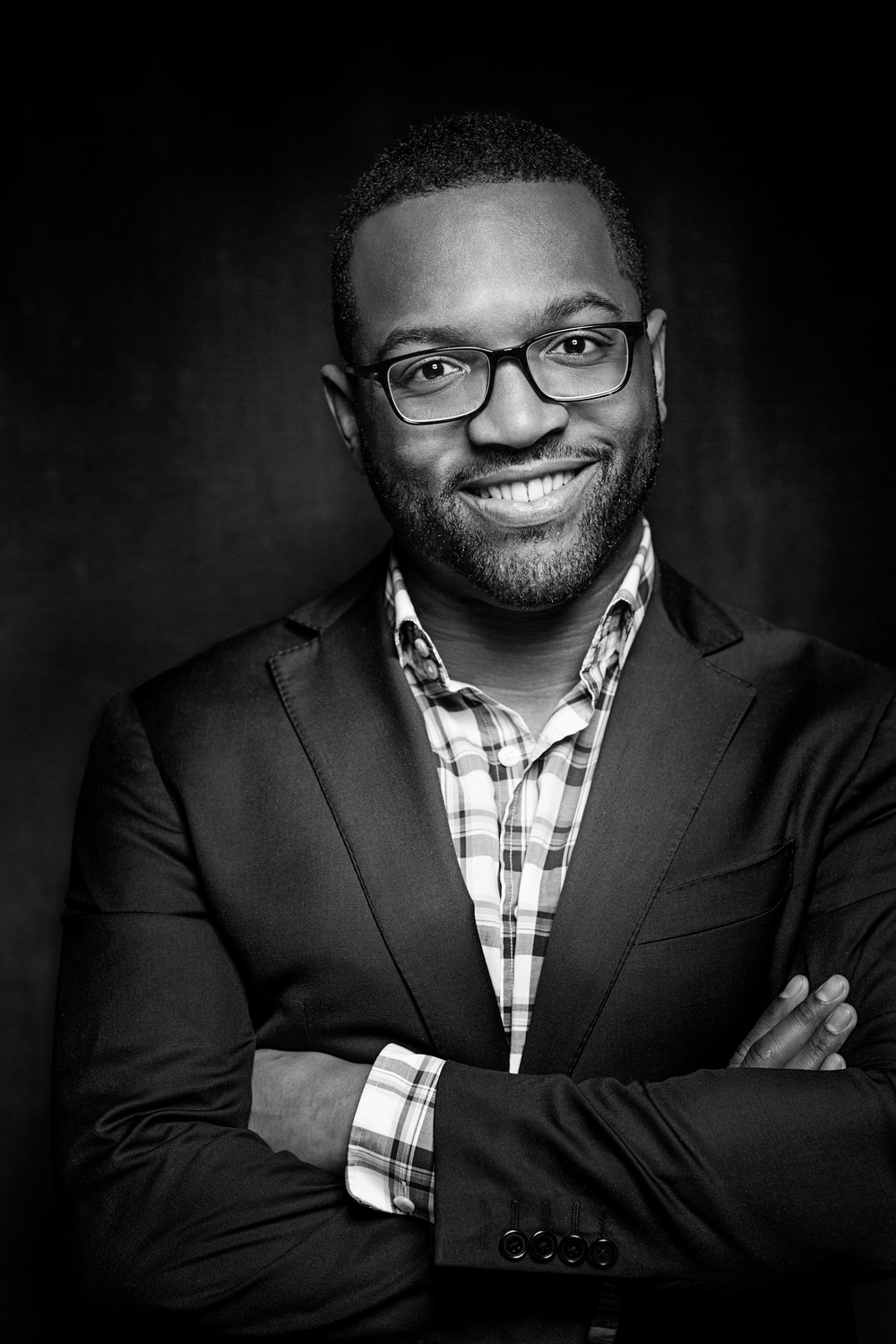 Baratunde Looking Like An Anchor (B&W) high resolution