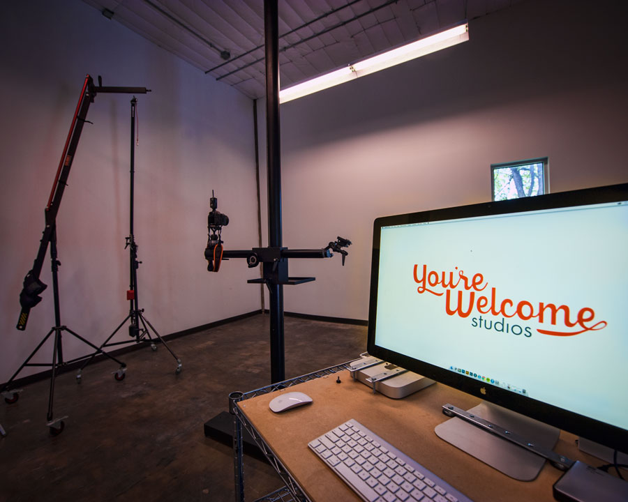 You're Welcome photography workspace IMAGE YW-01
